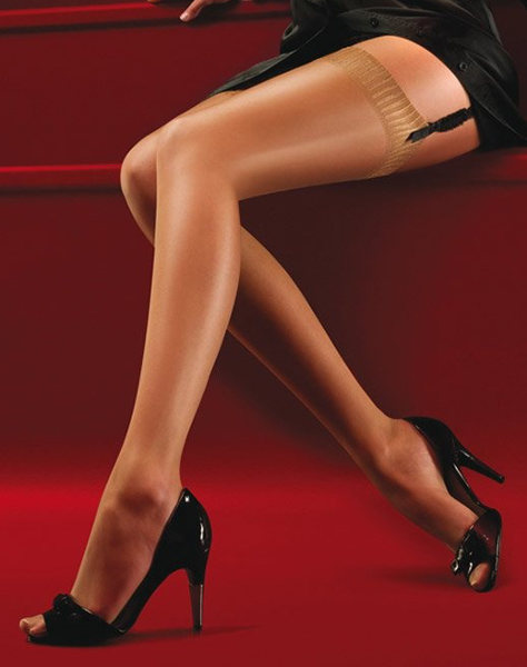 Aristoc Ultra Shine Stockings Summer ranges / Strumpbyxor.com